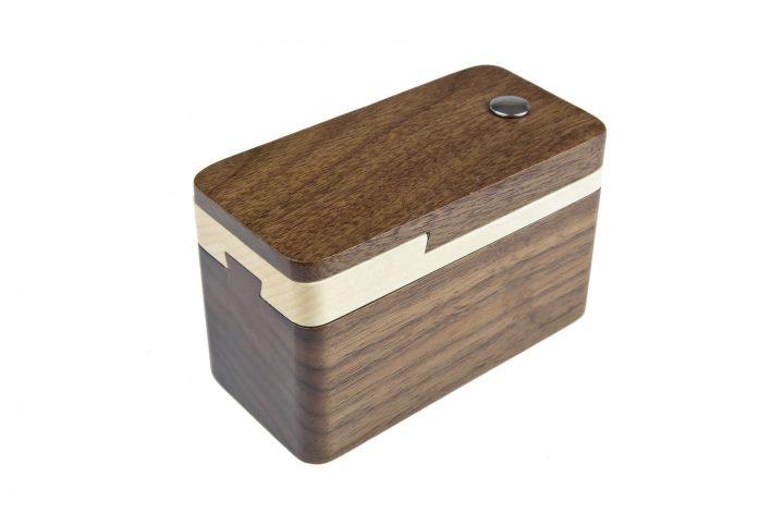 bespoke wooden jewellry packaging external side shot