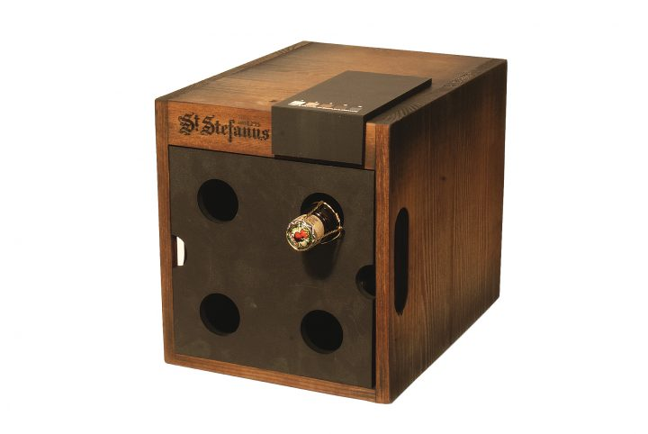 pos box for product promotion drinks display stand
